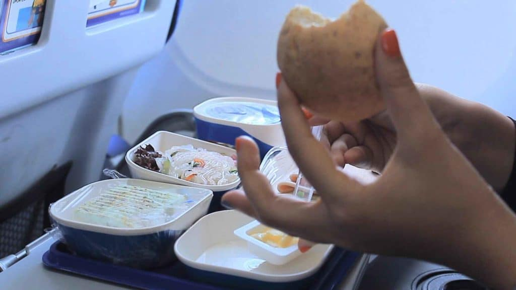 While on-board meals are held to strict safety standards, the risk of bacteria can be greater in the air due to the lag time between when the food is prepared and when it's served. Image: CNBC