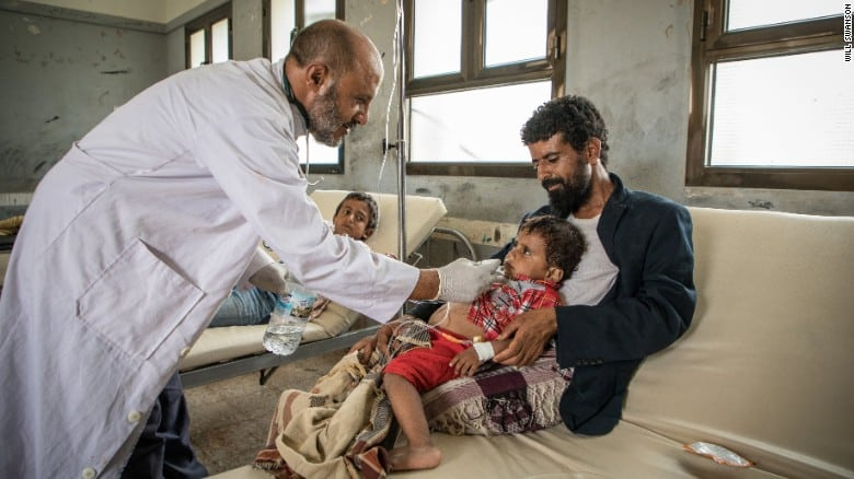 Patients are treated at an IRC-run diarrhea treatment center. Image:  CNN/ International Rescue Committee